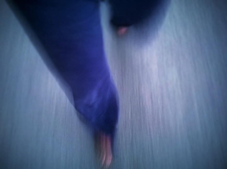 Blaue Beine